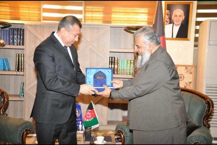 د ارشاد، حج او اوقافو وزارت سرپرست د دوست هېواد ترکمنستان له سفیر سره په خپل کاري دفتر کې تعارفي لیدنه وکړه