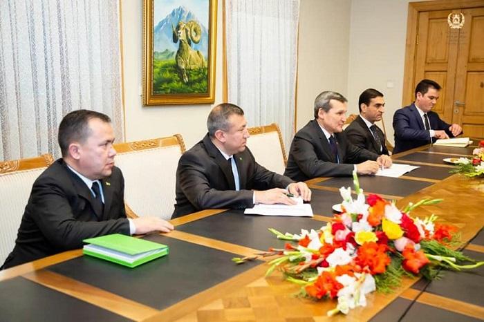 د ارشاد، حج او اوقافو وزیر د ترکمنستان د بهرنیو چارو له وزیر سره وکتل