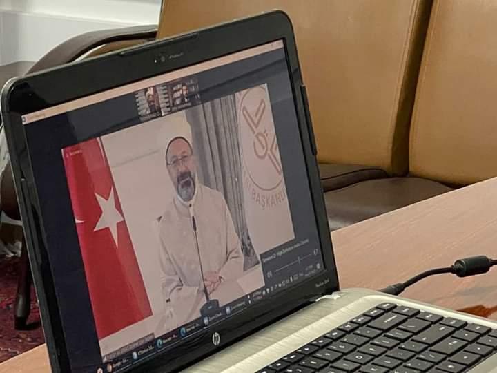 وزیر ارشاد، حج و اوقاف بارئیس سازمان امور دینی ترکیه از طریق ویدیو کنفرانس صحبت نمودند.